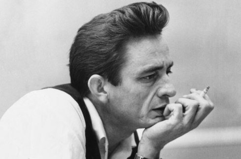 johnny_cash_classic_photo_with_a_cigar